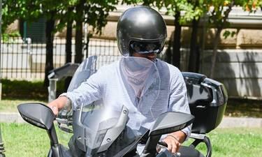 Πώς θα μπορούσες να αναγνωρίσεις τον Έλληνα πρωταγωνιστή με το κράνος και τη μάσκα του;