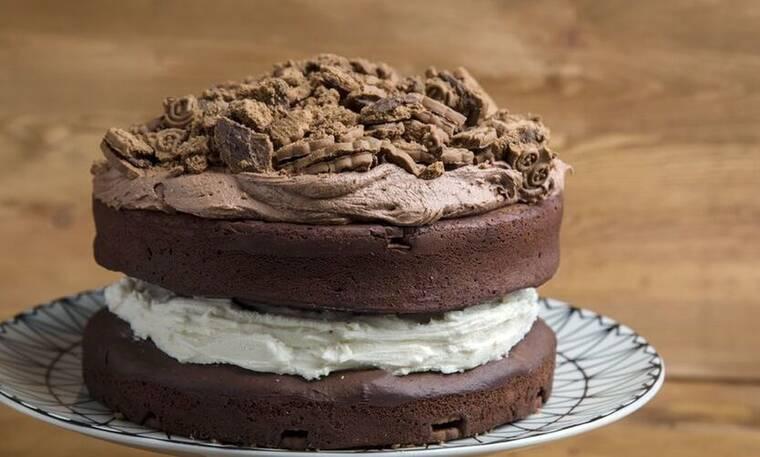 Κέικ μπισκότο από τον Άκη Πετρετζίκη!