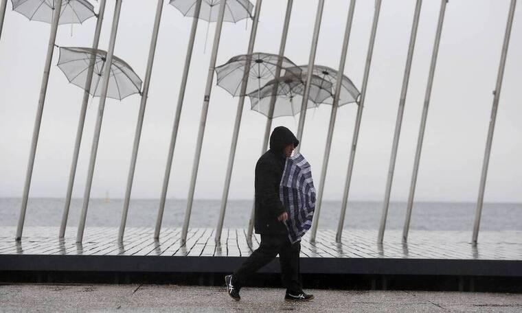 Καιρός - Μαρουσάκης: Προσοχή! Έρχονται βροχές, καταιγίδες και πτώση της θερμοκρασίας