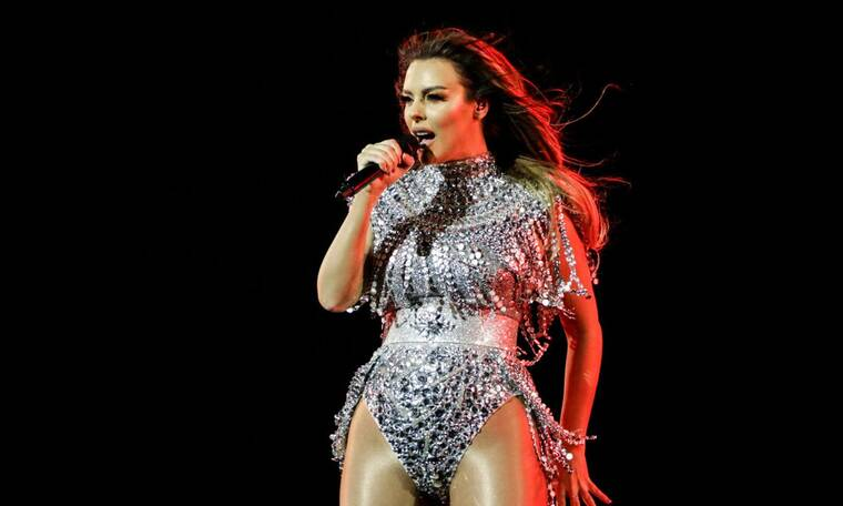 Eurovision 2021 Β΄ Ημιτελικός: Αλβανία: Σούπερ σέξι στη σκηνή η Ελληνοαλβανίδα τραγουδίστρια