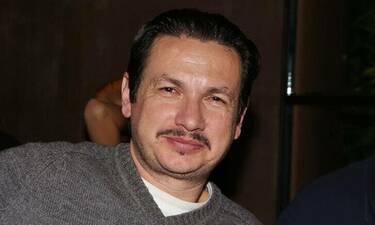 Σταύρος Νικολαΐδης: Νοσηλεύεται με κορονοϊό – Η πρώτη φωτογραφία μέσα από το νοσοκομείο