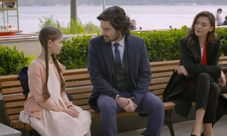 Elif: Ο Κερέμ ανακοινώνει πως η Ελίφ θα είναι το μοντέλο για τη διαφήμιση των παιδικών παπουτσιών