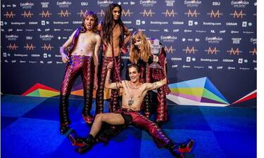 Eurovision 2021: Οι μεγάλοι νικητές επέστρεψαν στην Ιταλία - Τους αποθέωσαν στο αεροδρόμιο