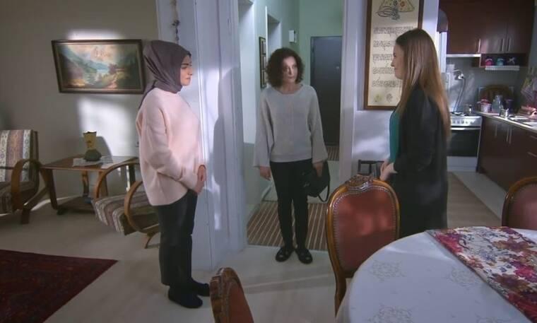 Elif: Η Μελέκ είναι στην έπαυλη και σιδερώνει τα ρούχα της Ελίφ