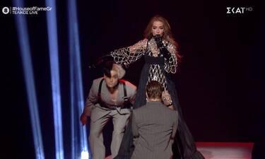 House of Fame τελικός: Η Φουρέιρα τα' σπασε στο stage και έγινε η βασίλισσα του twitter