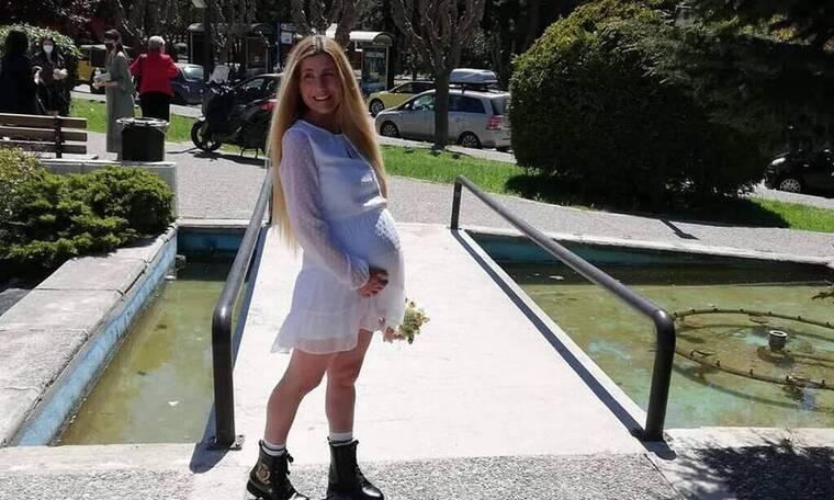 Βαλεντίνη Ράντη: Γέννησε πρόωρα και χρειάστηκε τη συνδρομή της ομάδας ΔΙΑΣ - Η πρώτη φωτό του μωρού