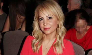 Τέτα Καμπουρέλη: Η πρώτη βραδινή έξοδος μετά τη σύλληψη του συζύγου της και την άρση του lockdown