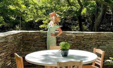 Ελένη Μενεγάκη: Υποκλινόμαστε στις νέες απίθανες φώτο της - Έτσι καλωσόρισε το καλοκαίρι!