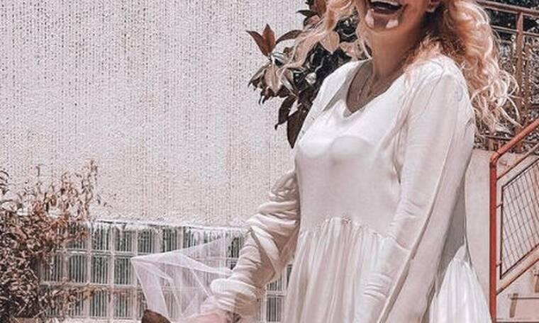 Πασίγνωστη Ελληνίδα ηθοποιός παντρεύτηκε λίγο πριν γίνει μαμά–Το ξεχωριστό νυφικό και οι πρώτες φωτό
