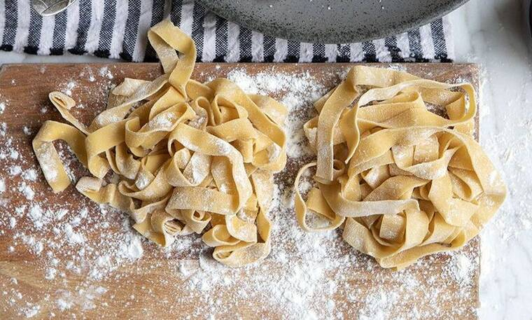 Σπιτικά ζυμαρικά από τον Άκη Πετρετζίκη