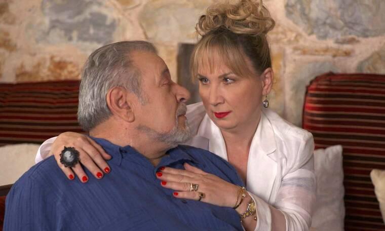 Χαιρέτα μου τον πλάτανο: Κατερίνα και Θοδωρής βρίσκονται έντρομοι μπροστά στον «αναστημένο» παππού
