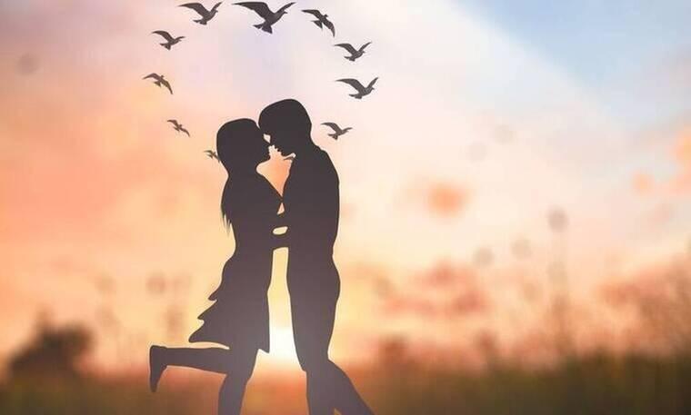 Αυτό είναι το νέο ζευγάρι! Οι πρώτες φώτο του από το ρομαντικό ταξίδι κάνουν το γύρο του διαδικτύου