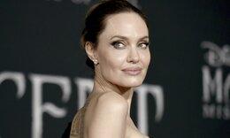 Angelina Jolie: Διέρρευσαν φωτογραφίες από τη βραδινή επίσκεψη στον πρώην της (video)