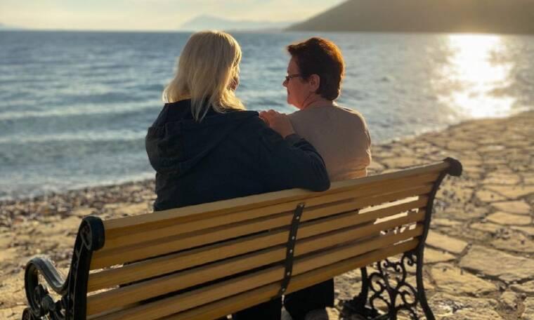 Χριστίνα Κοντοβά: Το σχόλιο του Τζώνη Καλημέρη στη φωτογραφία με τη μαμά της