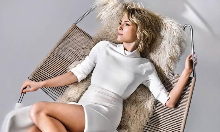 Βίκυ Καγιά: Έβαλε το φόρεμα που θα θες φοράς από το πρωί ως το βράδυ