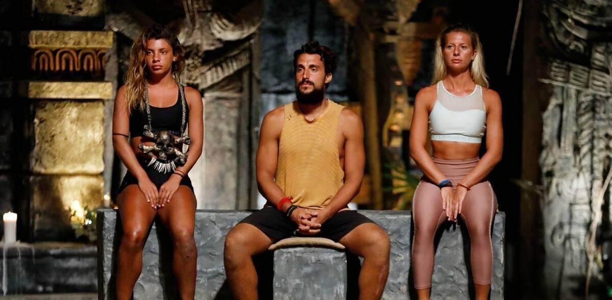 Αυτόματα η Μαριαλένα βγαίνει εκτός σχεδίου καθώς δεν υπάρχει περίπτωση ο Σάκης να την στείλει στον «τάκο».