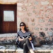 H γη της Ελιάς: Οι πρώτες backstage φωτογραφίες με την Άντζελα Γκερέκου πιο ανανεωμένη από ποτέ