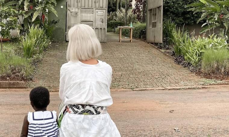 Χριστίνα Κοντοβά: Η τρυφερή ανάρτηση με την κόρη της και τον Τζώνη Καλημέρη (vid)