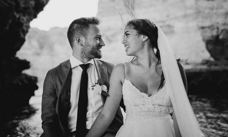 Γλυκά Νερά: Φωτογραφίες από τον γάμο της Καρολάιν και του πιλότου στην Πορτογαλία
