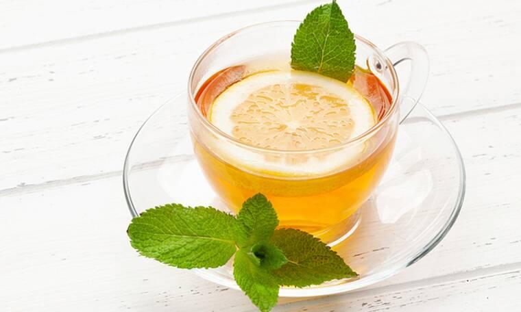 Πράσινο τσάι με λεμόνι: 5 αποδεδειγμένα οφέλη για την υγεία (video)