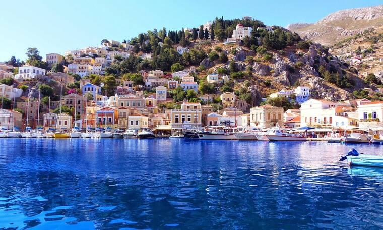 Το υπέροχο νησί με τα πανέμορφα νερά - Όλοι προτιμούν όμως τη Ρόδο