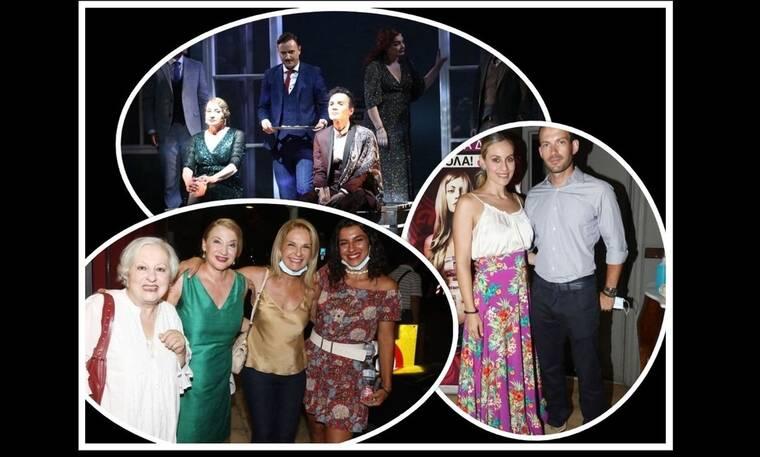 Πλήθος επωνύμων στην επίσημη πρεμιέρα της παράστασης «Θηλιά» στο θέατρο Αθηνά