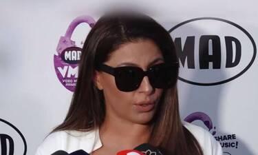 Mad Video Music Awards 2021: Έλενα Παπαρίζου: Με casual chic look στις πρόβες