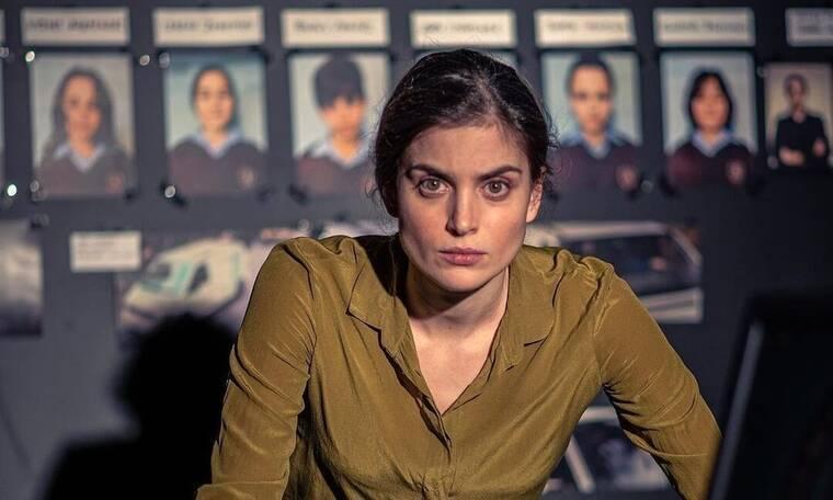Σιωπηλός Δρόμος: Η Σμαράγα Αδαμοπούλου μιλά για την πρώτη της τηλεοπτική δουλειά
