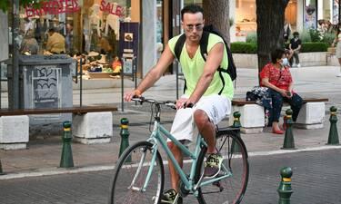 Είχαμε αρκετό καιρό να τον δούμε! Βγήκε με το ποδήλατό του και βόλταρε στην Κηφισιά