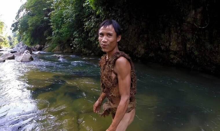 Ο άντρας που έζησε 40 χρόνια στη ζούγκλα χωρίς να έχει γνωρίσει ποτέ γυναίκα!