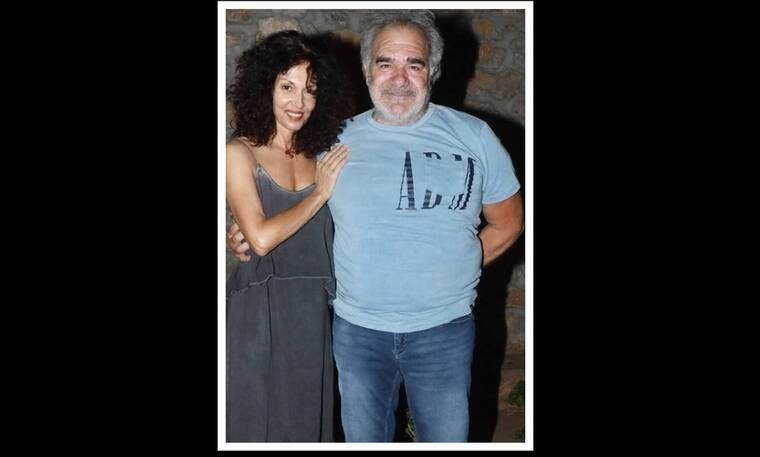 Δήμητρα Παπαδήμα - Γιάννης Μποσταντζόγλου: Σπάνια κοινή έξοδος στο θέατρο για το ζευγάρι!