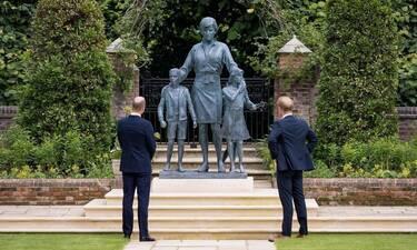 H πριγκίπισσα Νταϊάνα ένωσε ξανά τα παιδιά της, έστω και μετά θάνατον! Η συγκλονιστικό άγαλμά της
