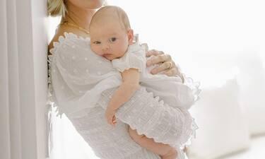 Γέννησε το τρίτο της παιδί και μιλάει για την εμπειρία του τοκετού στο σπίτι!