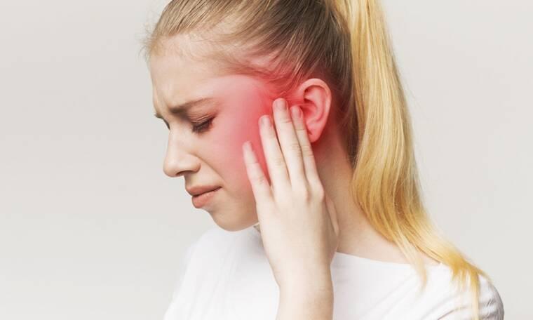 Πόνος στο αυτί: Δείτε 5 πιθανές αιτίες (εικόνες)