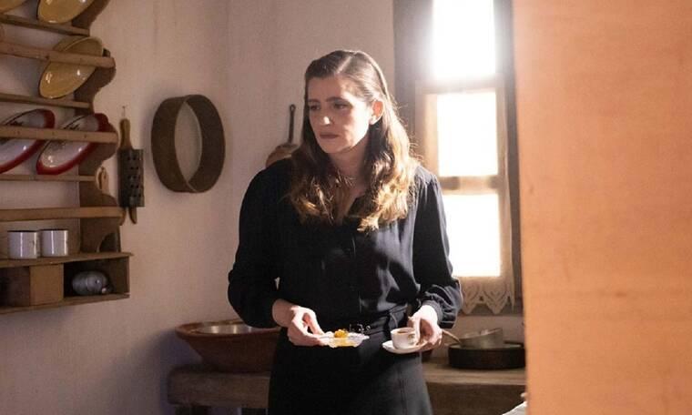 Μαρία Κίτσου: «Χαζέψαμε» με τη νέα της φωτό! Το αξεσουάρ που δεν περιμέναμε να δούμε στο look της