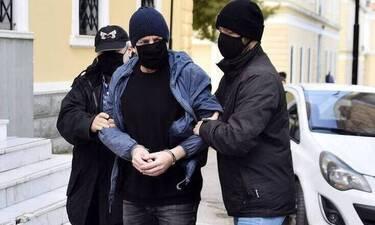 Δημήτρης Λιγνάδης: Απολογείται για δύο ακόμη υποθέσεις βιασμού