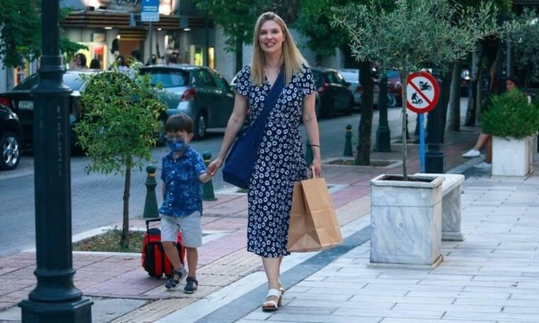 Χριστίνα Αλούπη: Shopping therapy με την καλύτερη παρέα, τον γιο της!
