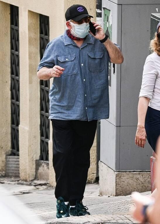Πέτρος Φιλιππίδης: Η πρώτη εμφάνιση στο κέντρο της Αθήνας μετά τις καταγγελίες