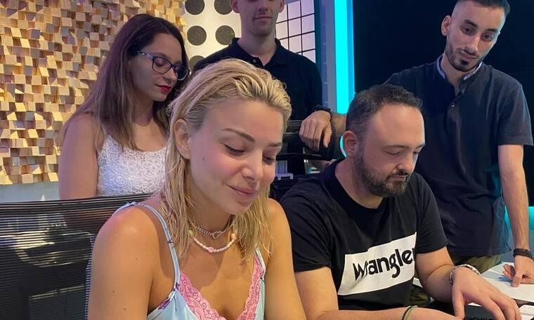 Josephine: Η έκπληξη που έκανε σε 3 τυχερούς θαυμαστές της (pics & video)