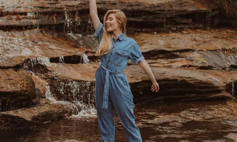 Shopping Guide: 10 ολόσωμες μονοχρωματικές φόρμες που θα σου δώσουν στυλ και coolness