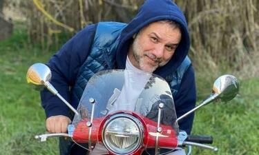 Γρηγόρης Αρναούτογλου: Η σπάνια φώτο από τις διακοπές του και το επικό σχόλιο!