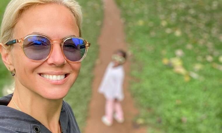 Χριστίνα Κοντοβά: Μας δείχνει πώς είναι το σπίτι της στην Ουγκάντα όπου ζει με την κόρη που υιοθετεί