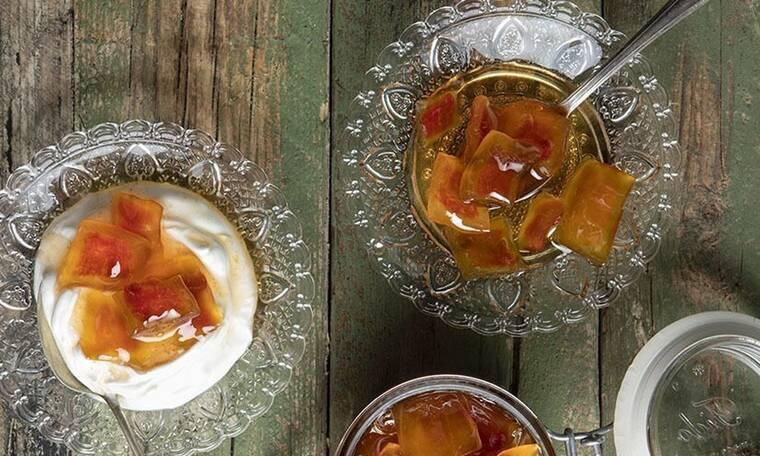 Γλυκό του κουταλιού καρπούζι από τον Άκη Πετρετζίκη