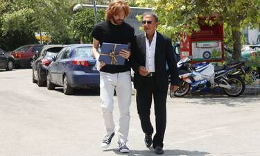 Κηδεία Βοσκόπουλου: Ο Παπαργυρόπουλος πήγε στην κηδεία το δώρο που του είχε αφήσει για τη κόρη του