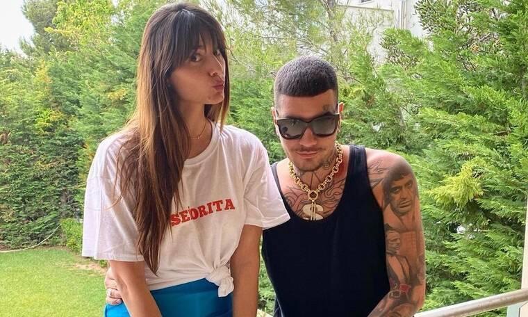 Παπαγεωργίου: Ποζάρει topless και βάζει «φωτιά» στο Instagram! Τα πολύχρωμα κοχύλια έκαναν θραύση