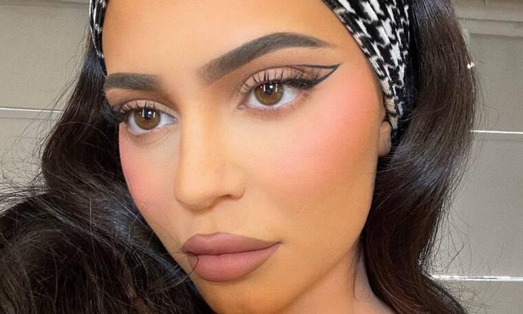 Kylie Jenner: Κάνει γυμναστική και το σώμα της απλά δεν υπάρχει