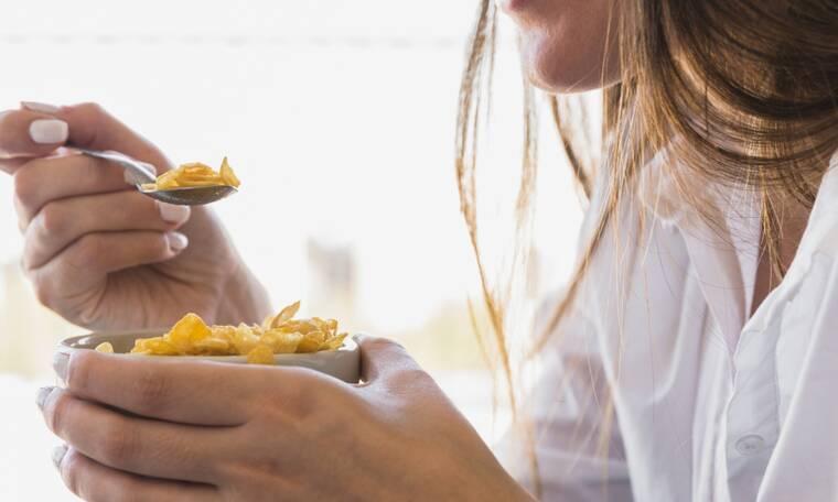 5 υγιεινές τροφές που φτιάχνουν και τη διάθεση