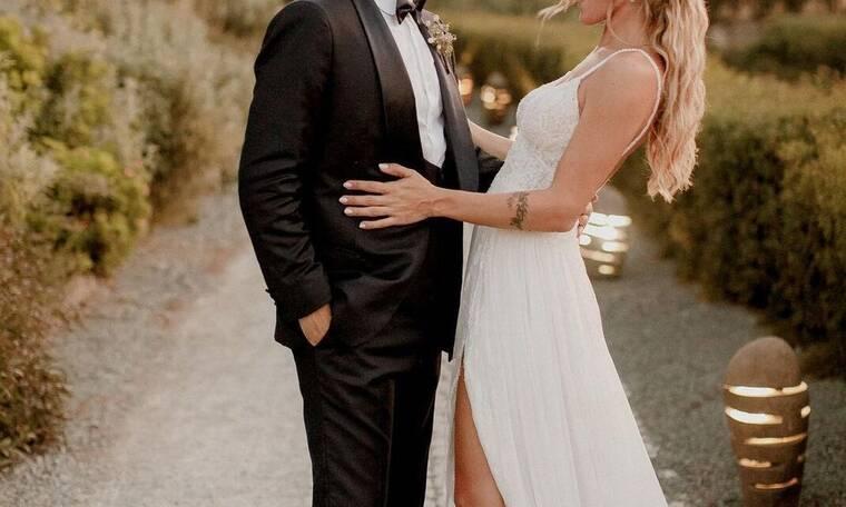 Γνωστός τραγουδιστής παντρεύτηκε και οι φωτό από το γάμο του είναι κάτι παραπάνω από μαγικές
