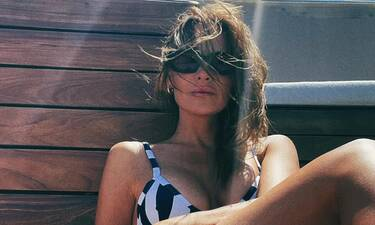 H Υβόννη Μπόσνιακ πέταξε το μακιγιάζ στην πιο hot πόζα: Δες το σχόλιο που έκανε η Τσιμτσιλή