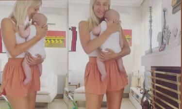 Μαρία Ματσούκα: Θα λιώσεις με το βίντεο! Χορεύει με τον 3,5 μηνών γιο της